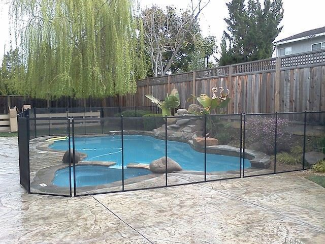 Baby-Barrier-Pool-Safety-Fence-5